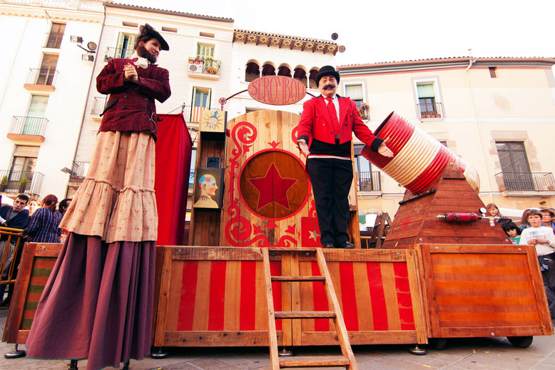 Festival de teatro de calle Santa Cruz de la Serós.