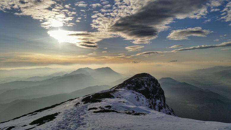 Vistas desde la cima de Peña Oroel.