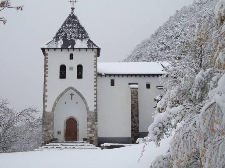 ermita de santa elena biescas
