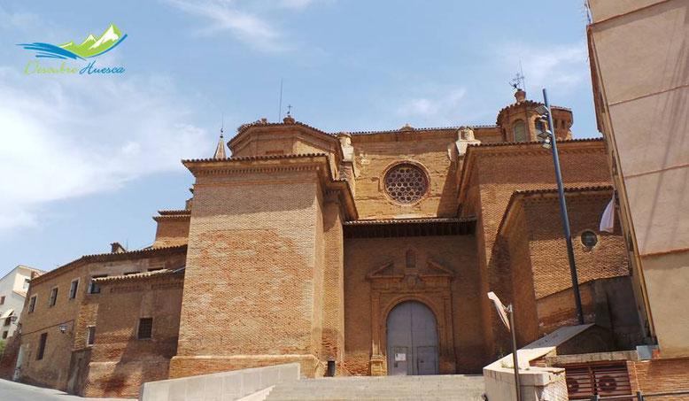exterior catedral de barbastro