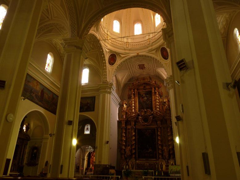 Interior Basílica de San Lorenzo, en Huesca.