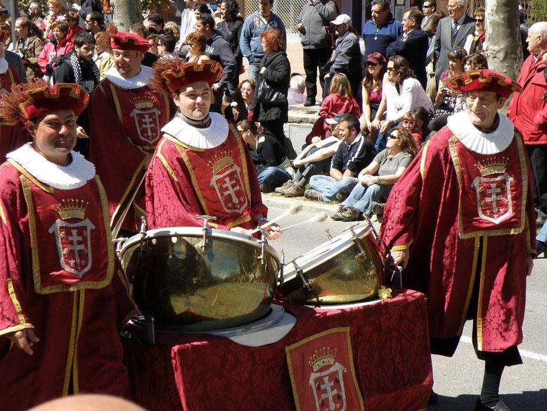 Desfile de la victoria Primer viernes de mayo jaca