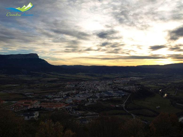 Vistas de Jaca y Peña Oroel desde el Fuerte de Rapitán