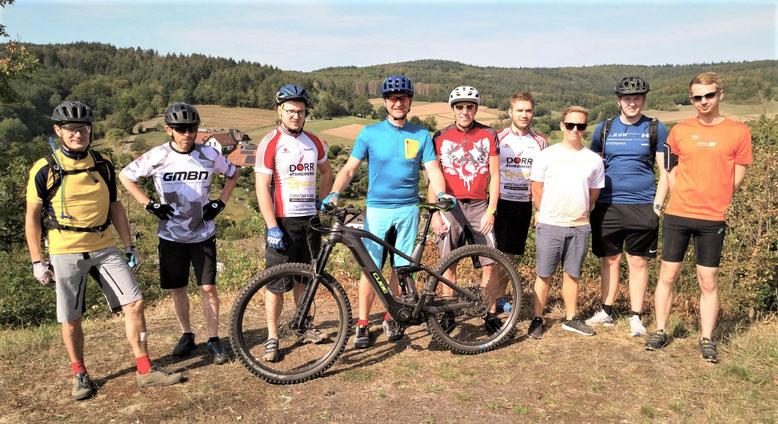 Die Mountainbiker im Lemptal