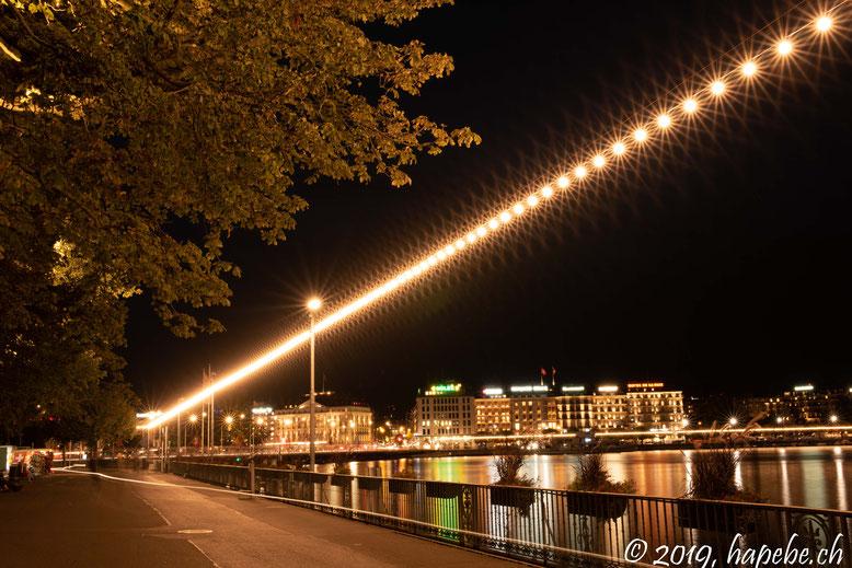 Tausende von Glühbirnen