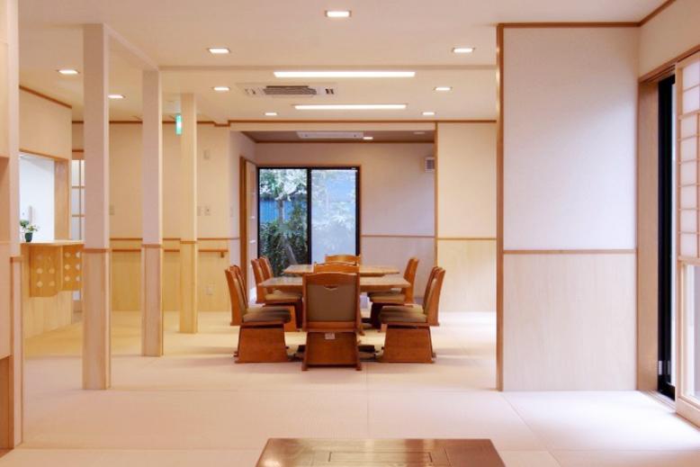 居室全体におりざを敷けば、のびのびとできます