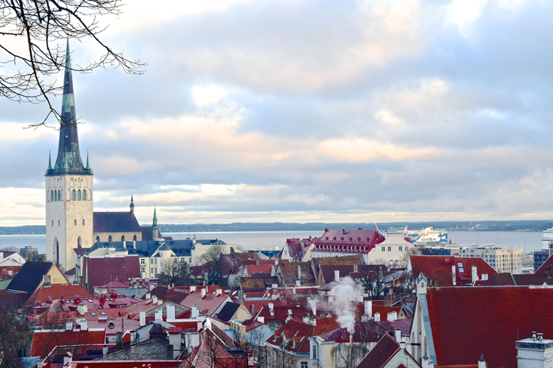 Winter Break in Tallinn, Estonia - What to Do and See - Kohtuotsa Viewing Platform
