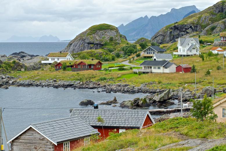 From Tromso to the Lofoten Islands - Nesland