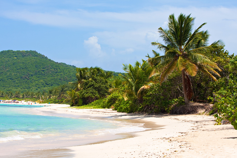 Is it Worth to Go to Puerto Rico - Flamenco Beach at the Culebra Island