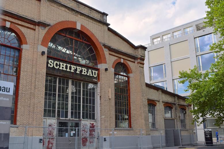 A Food Tour in Zurich West - LaSalle at the Schiffbau