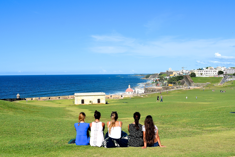 Is it Worth to Go to Puerto Rico - Girls' trip