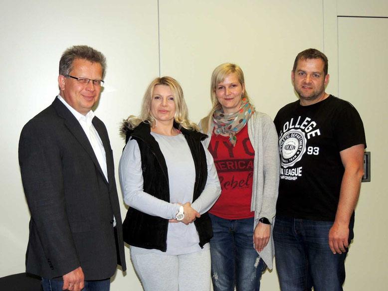 Der gewählte Vorstand von ZusammenLebenWeferlingen. Martin Krems-Möbbeck-Vorsitzender, Isabella Weglowski-Beisitzer, Sabine Müller-Schatzmeister und Thomas May-Beisitzer  (v.l.n.r)