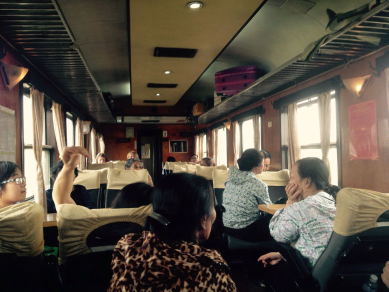 Trasporti Ninh Binh e Tam Coc. Treno da Ninh Binh ad Hanoi