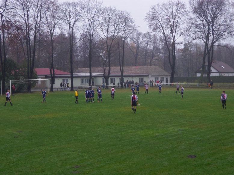 Tobias Michling verwandelte den Freistoß zum 1:0 (25.)