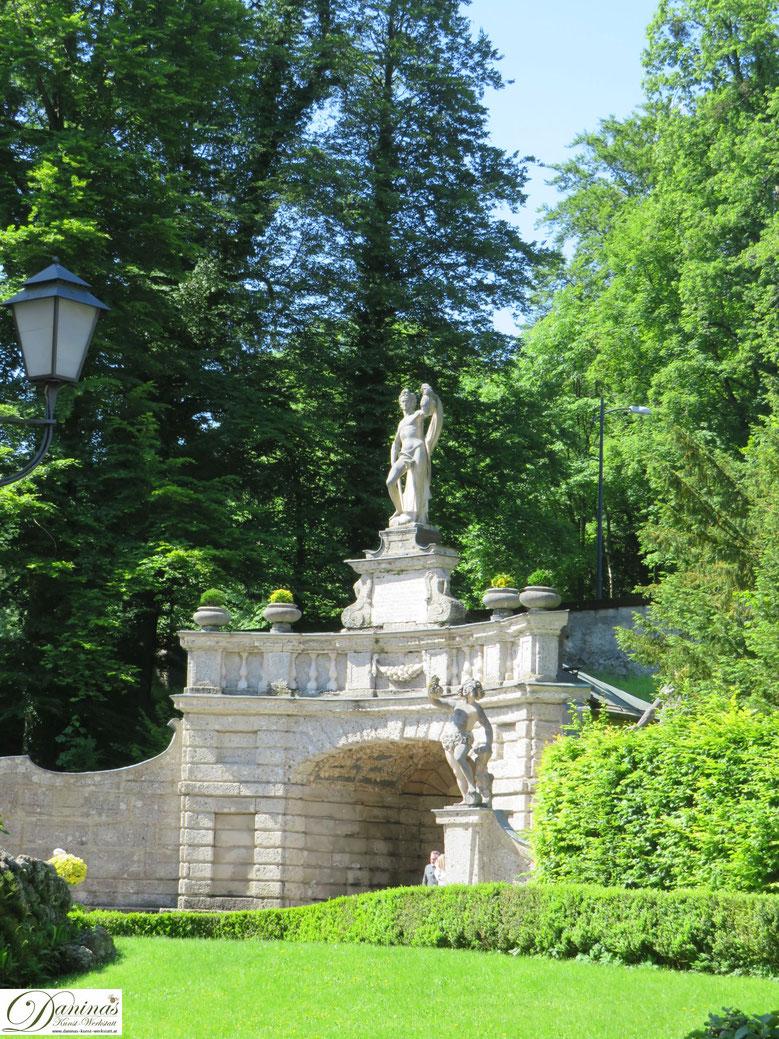 Die Exedra - Hellbrunner Wasserspiele in Salzburg