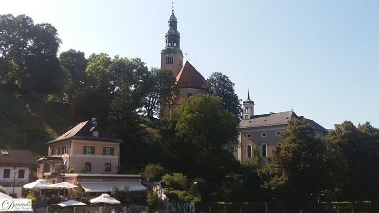 Salzburg, die kleine Müllnerkirche am Mönchsberg steht auf geschichtsträchtigen Boden.