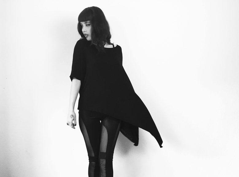 image: nina luca, dark fashion, dark style, dark wear, dark clothes, madness is clothing, deathly hallows, swiss blogger, swiss fashion blogger, dark fashion blog, dark style blog, dark fashion blogger, black fashion