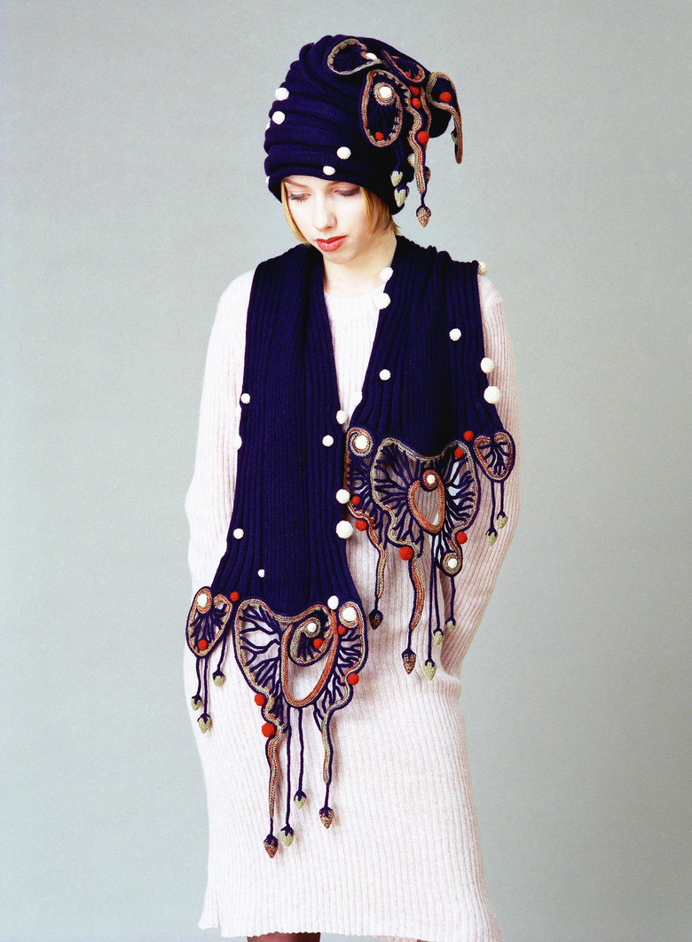 Alexander Seraphim's knitwear, 2002