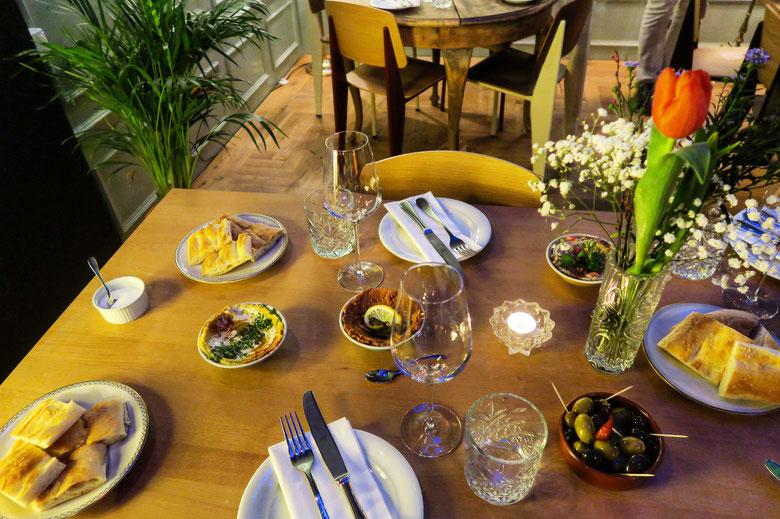 Kraftwerk Cafe Zürich - Dinner mit Metze