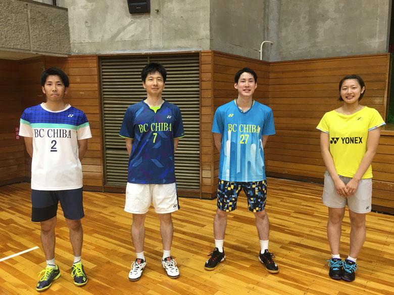 左から)井上キャプテン兼選手→平戸監督兼選手→平田選手→木村百伽選手🏸