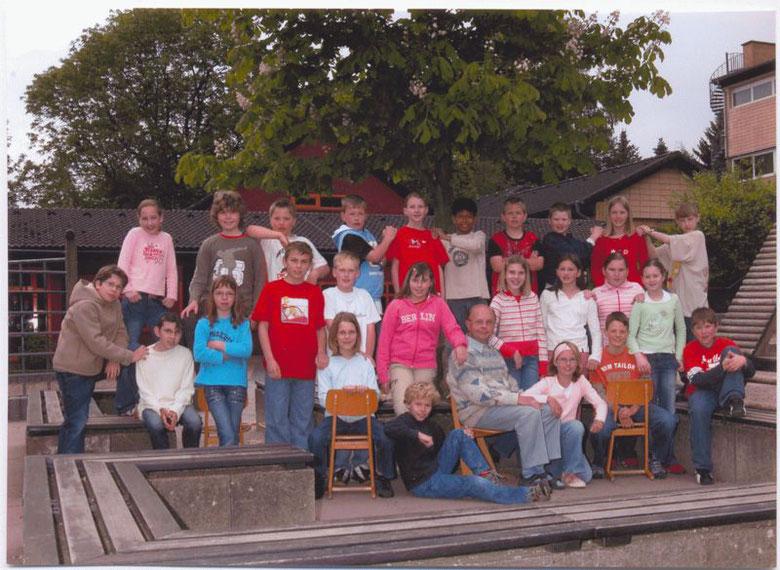 Abschlussbild mit der 4b  Frühjahr 2006