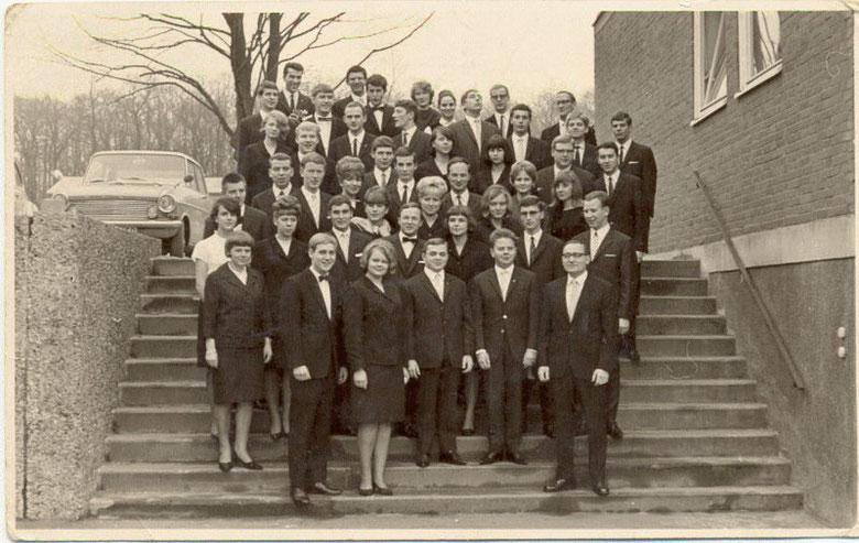 Meine Abiklasse 13f mit der 13l 1966