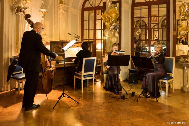 Salon-Quartett Dresden zum Jahreswechsel 2019/2020 im Spiegelsaal des Schlosses Gaußig