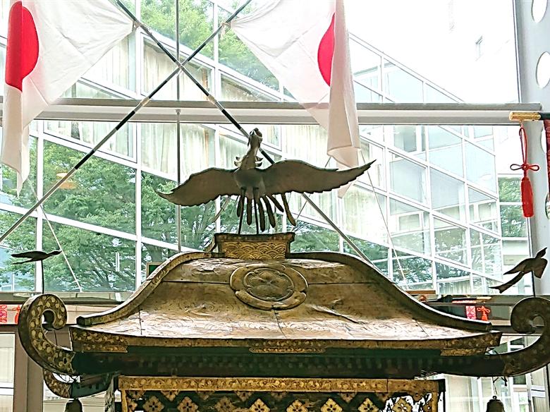 """本町の神輿の""""大鳥"""""""