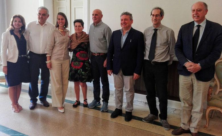 Ilaria Del Bianco - Giovanni Del Carlo - Mini Eleonora Pacini - Ivana Arena - Francesco Franceschini - Riccardo Cecchetti - Antonio Marino - Alessandro Tambellini