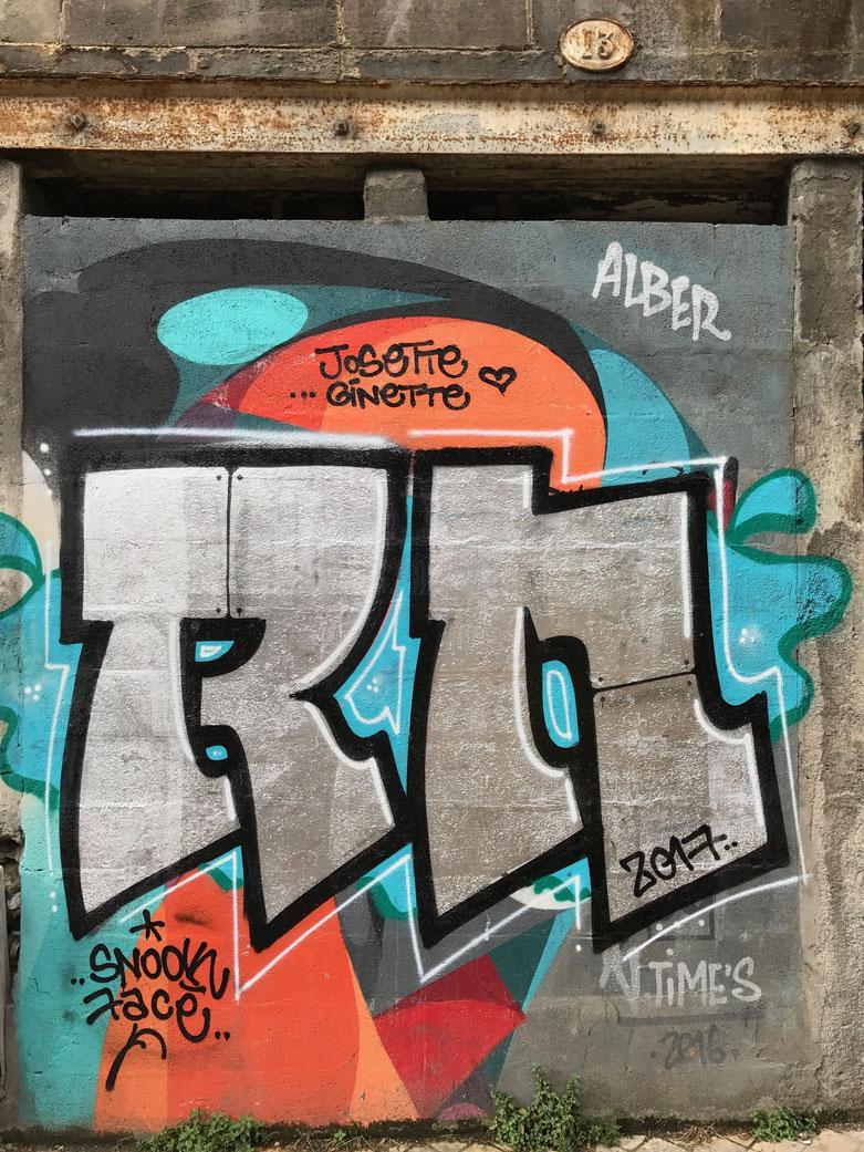 Artwork found near to Marche des Capucins