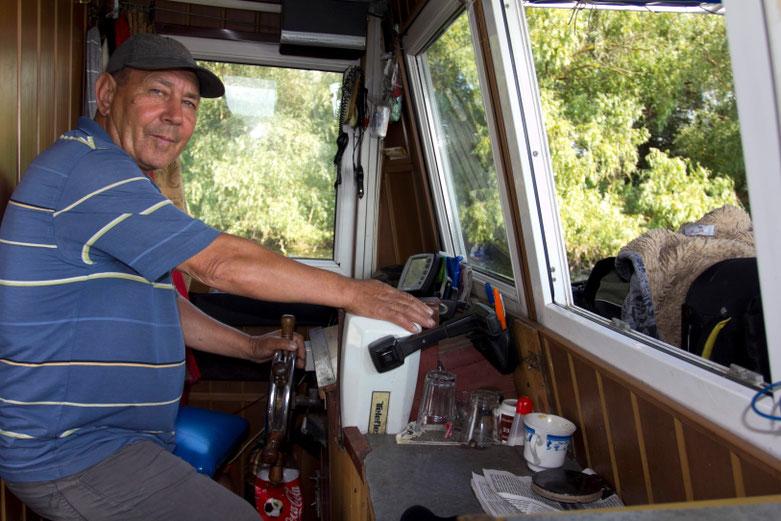 Kapitonas Vasilijus vasarą gyvena laive Dunojaus deltoje / Foto: Kristina Stalnionytė