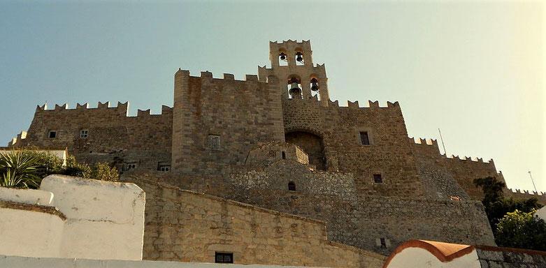 Le monastère de Saint-Jean-le-Théologien a été construit à l'emplacement d'un temple d'Artémis. Il est classé patrimoine mondial de l'unesco.