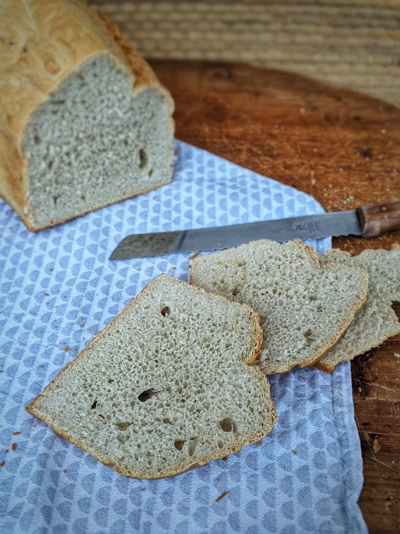 die Essklasse der alten Dorfschule - zack zack Brot - Dinkelvollkornbrot