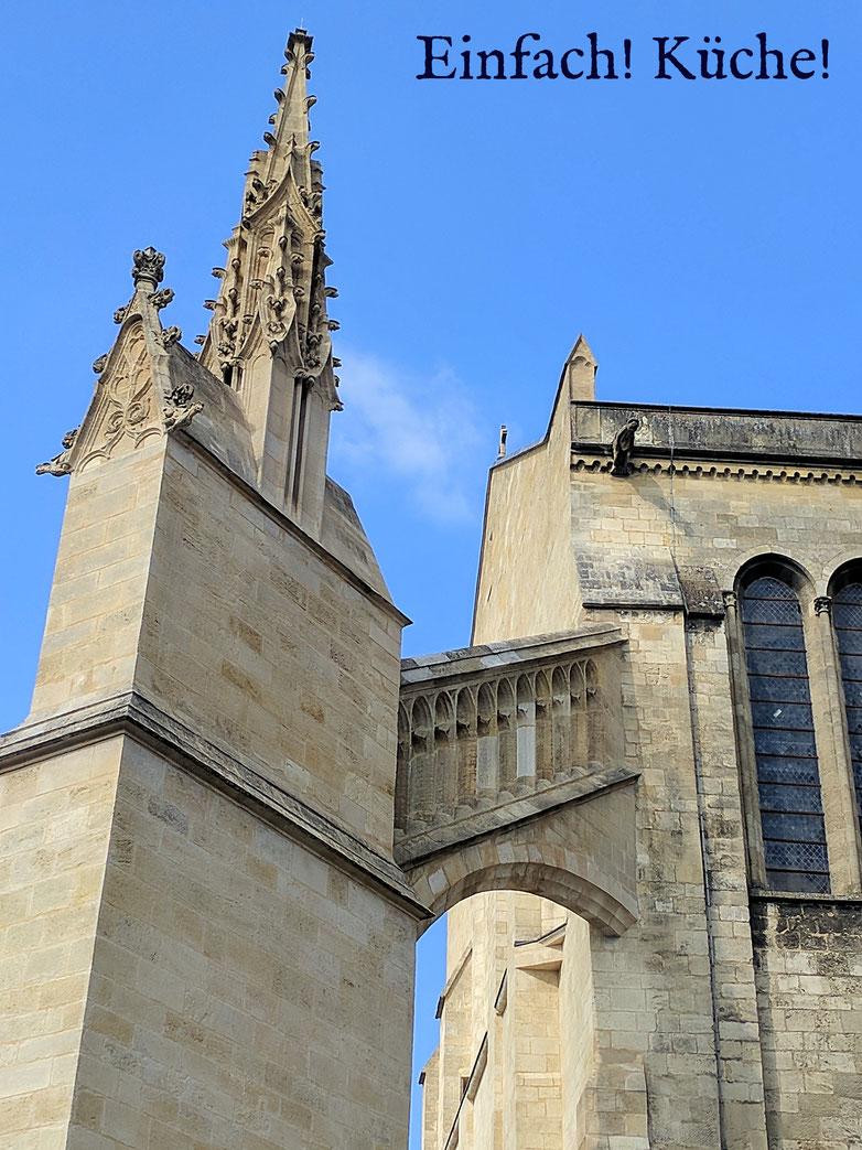 Einfach! Küche! Kathedrale in Bordeaux, Frankreich