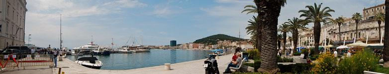 Am Hafen von Split