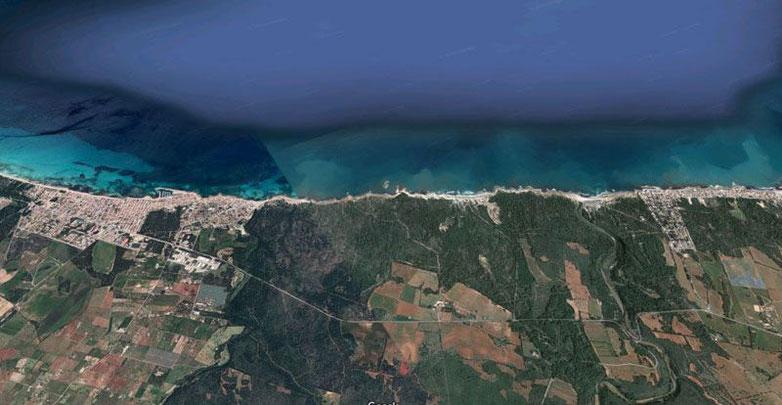 Vista aérea de Can Picafort y Son Serra de Marina. Imagen de Google Maps.