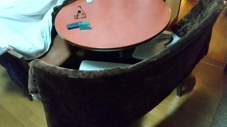 円卓の写真