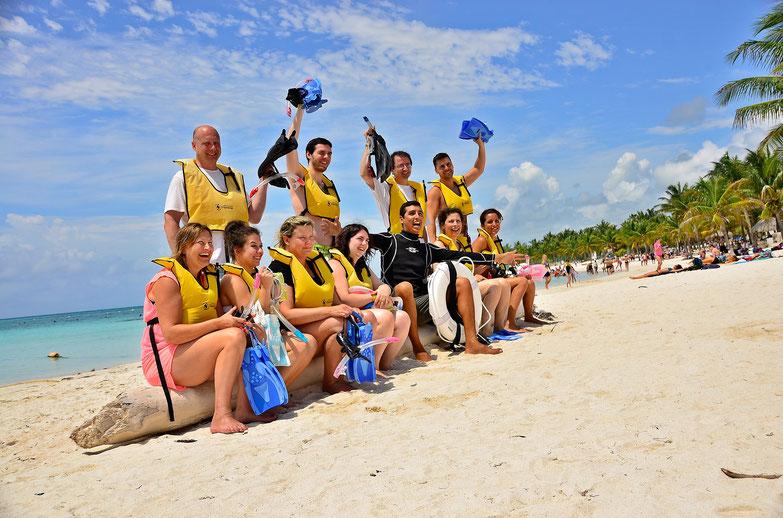 Wedding Tours, Private Tour Guide, Private Tours, Riviera Maya, Mexico, Yucatan, Playa del Carmen, Akumal, Puerto Aventuras, Cancun, Tulum.