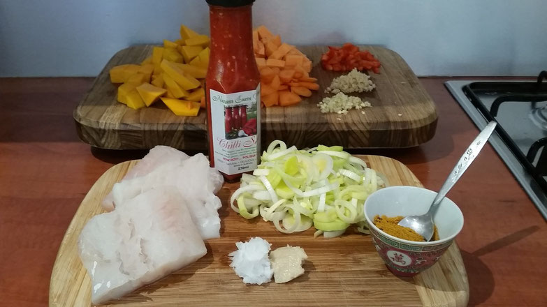 Natures Earth Works Unique Raw Chilli Sauce