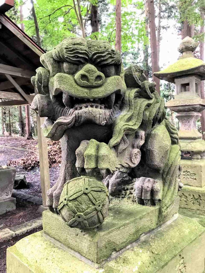 鏡石町 熊野神社 笠石