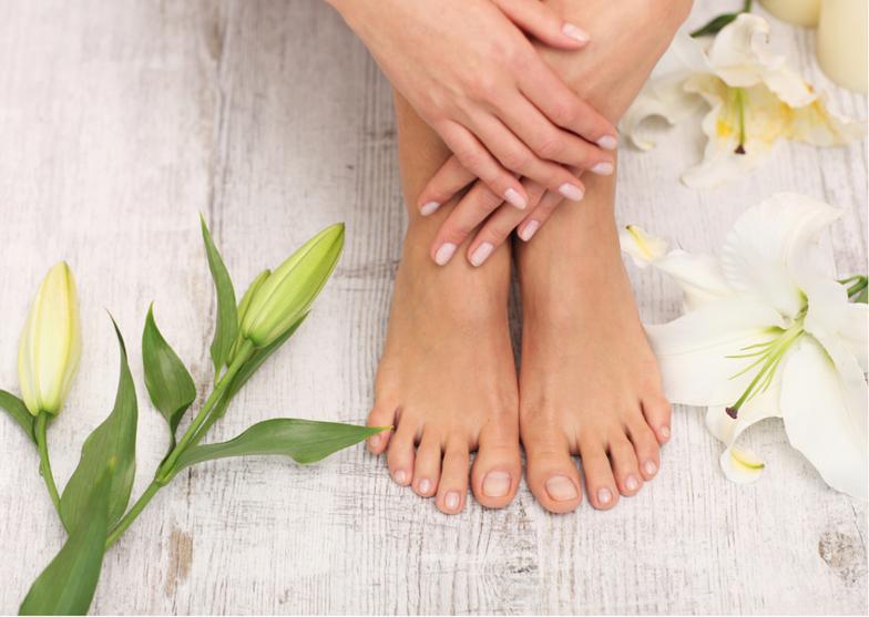 Ein Fußpflegendes Fußbad mit Farbenkraut wirkt, einmal wöchentlich angewendet, positiv bei Krampfadern, Kampfzuständen in den Waden und bei Rheuma. Für die Ausleitung von Stoffwechserückständen sind basische Fußbäder, Kräuterfussbäder optimal.