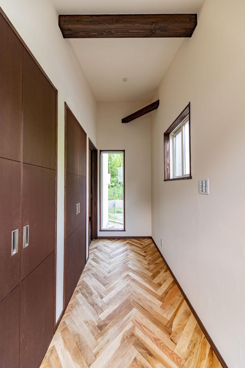 神奈川県厚木市で古材・無垢材を使った注文住宅・木の家・自然素材の家
