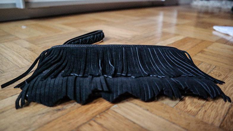 GDS Düsseldorf 2015: Die neuesten Schuh,- und Modetrends zum Greifen nah | Wundervolle Fransen Clutch von Minnetonka | Hot Port Life & Style | 30+ Style Blog