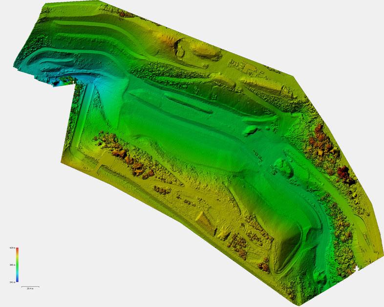 Farbcodierte Höhendarstellung des Sanierungsgebietes am Tälesbach in Calw