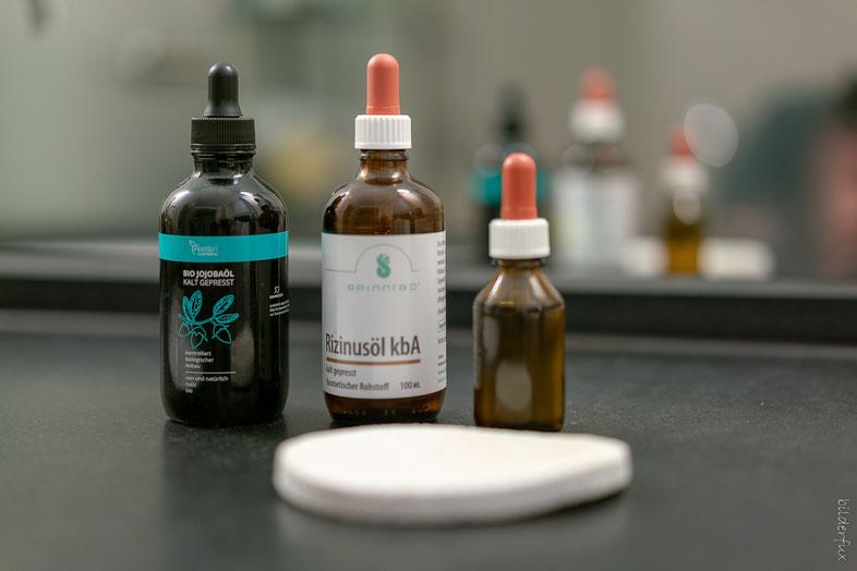Ölreinigung mit Jojoba- und Rizinusöl