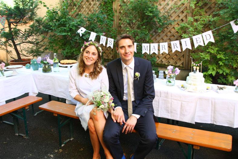 Freie Trauung, Hochzeitsredner, Bayern, München, Strauß & Fliege, Hochzeit, Blog, Low Budget, DIY, Hinterhof,