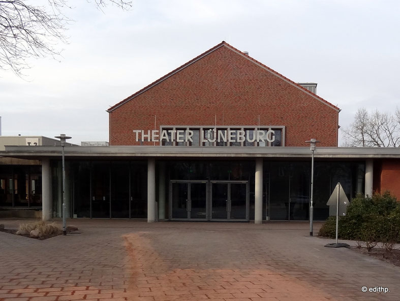 Theater, Haupteingang