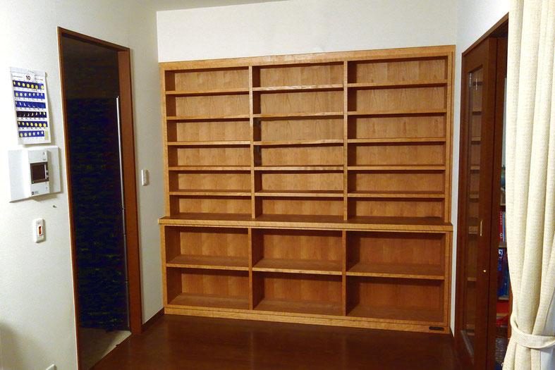 壁一面に造り付けした本棚(世田谷区・M様邸)