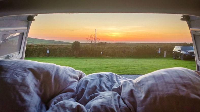 Camping mit Meerblick in Cornwall - Vanlife