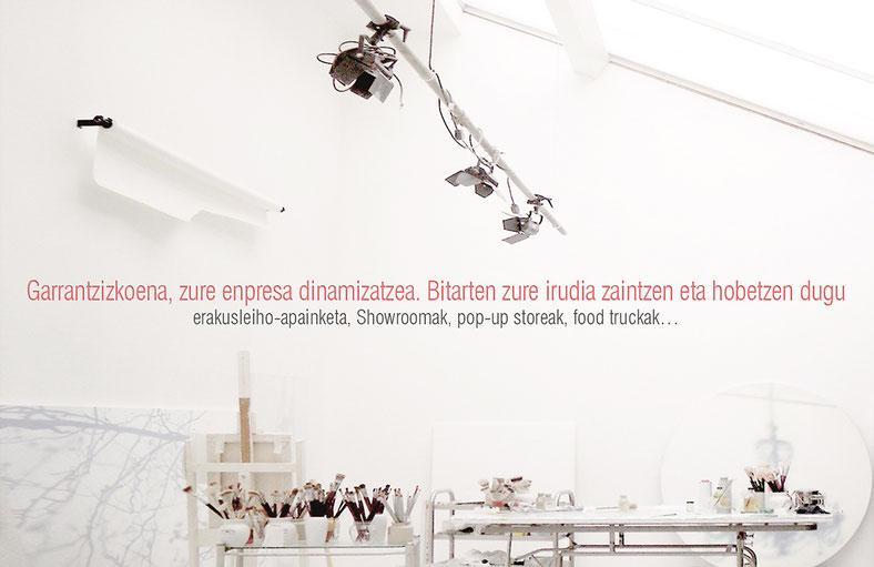Bitarte Arquitectura + Comunicacion / zerbitzuak: erakusleiho-apainketa + showroom / www.bitartearquitectura.com